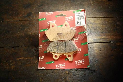 Brake Pads BT 00-07, XL 00-03, 02-05 V-Rod, rear