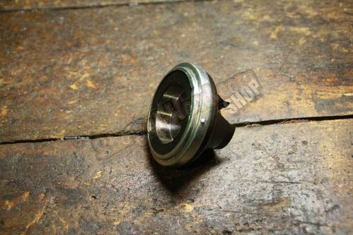 Throwout Bearing Old Style, Heavy Duty, BT 37 - early 75
