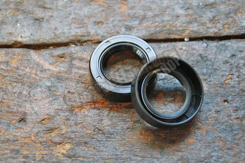 Seal Wheel Bearing,  BT 73-83 / 79-83XL and Swingarm 58-72