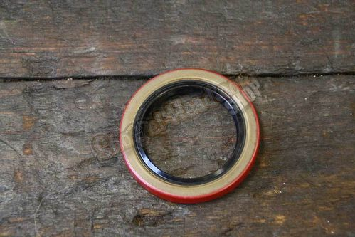 Sprocket Shaft Seal, BT 70-99