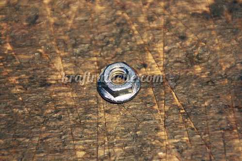 "1/4""-20 Flange Nut, chromed"