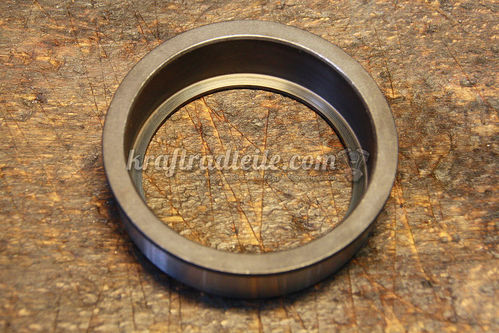 Housing Mainshaft Bearing, Standard Size, BT 36-early 79