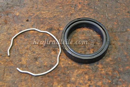 Fork Seal with Lockring, 41mm Forks, 84up, various models