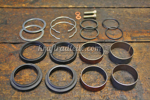Fork Rebuild Kit, Bushings & Seals, 49mm Forks, Dyna© 06-17 / FXCW/W 08-11 and others